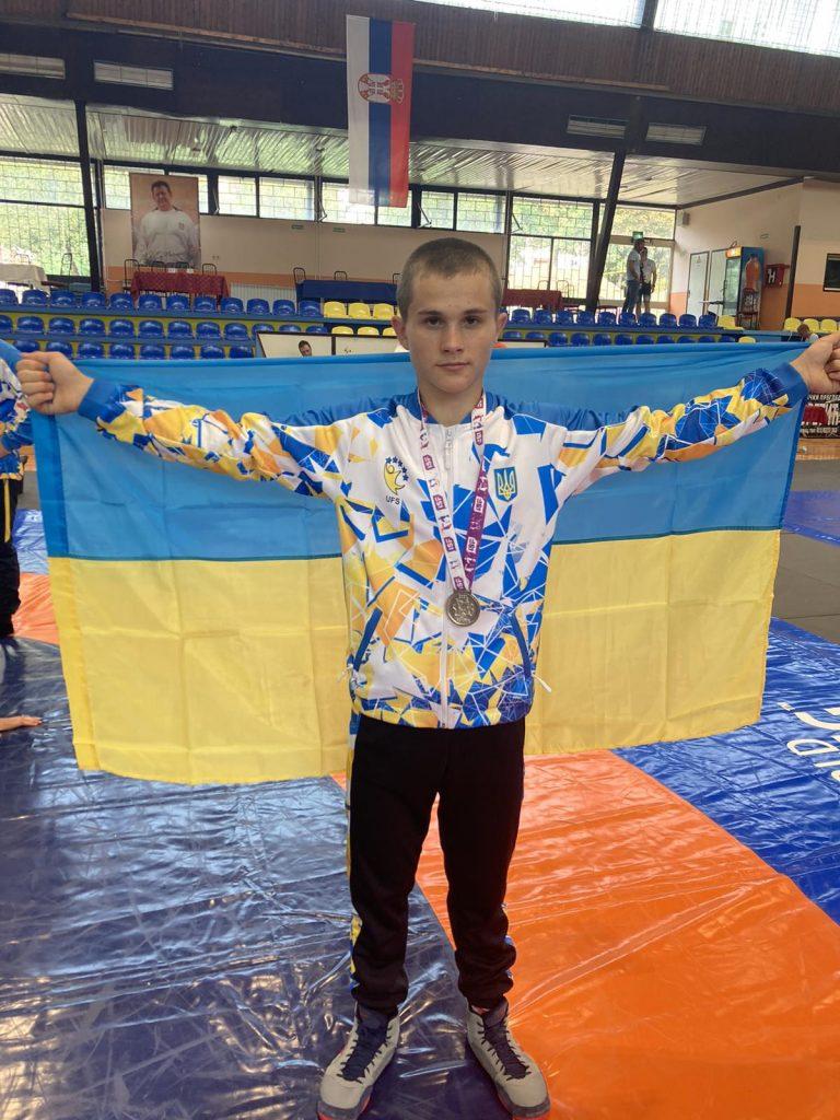 Юный борец из Южноукраинска стал призером первых Всемирных ученических спортивных игр (ФОТО) 3