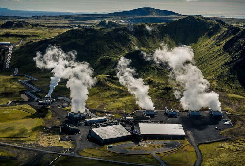 В Исландии открыли крупнейший в мире завод по извлечению углекислого газа из атмосферы