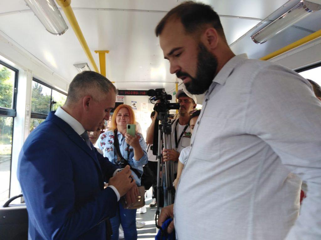 В День города Николаева на маршрут вышел обновленный трамвай (ФОТО, ВИДЕО) 3