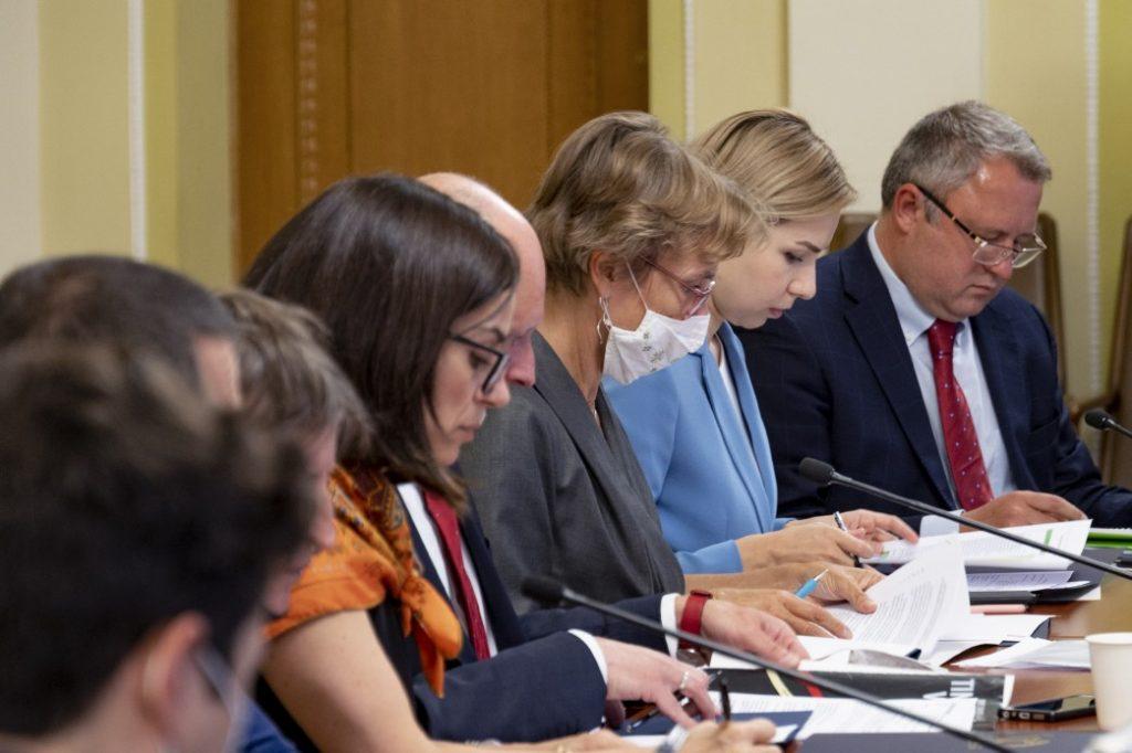 Послы стран G7 и ЕС довольны стремлением Украины провести судебную реформу, но есть то, что их беспокоит, и то, что они не приемлют (ФОТО) 5