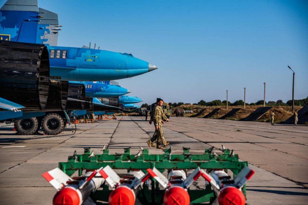 На Николаевщине авиаторы провели практические пуски авиационных управляемых ракет класса «воздух-воздух» (ФОТО) 7