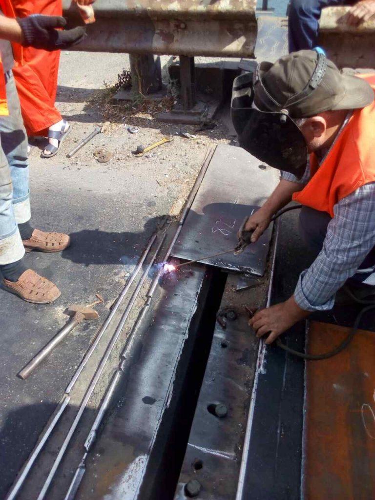 В Николаеве экстренно ремонтировали деформационный шов разводной части Варваровского моста (ФОТО) 7
