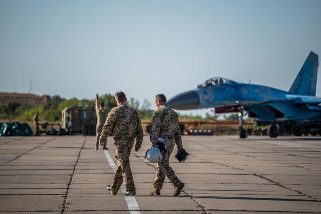 На Николаевщине авиаторы провели практические пуски авиационных управляемых ракет класса «воздух-воздух» (ФОТО) 9