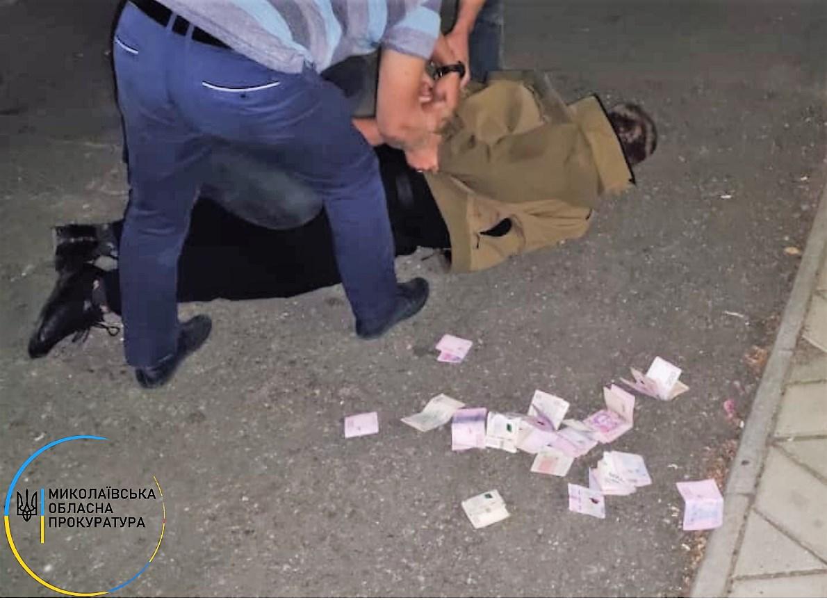 На Николаевщине задержали замначальника Баштанского райотдела полиции - требовал 12 тыс.грн. взятки от подчиненных (ФОТО) 11