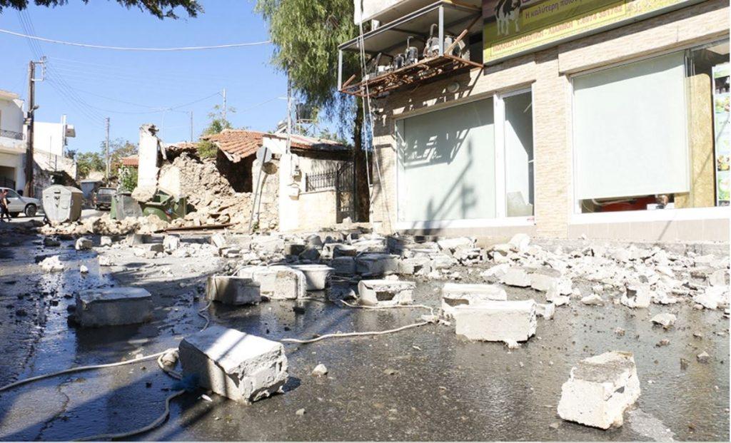Землетрясение на Крите. Разрушены дома и храмы, есть погибший и раненые (ФОТО, ВИДЕО) 8