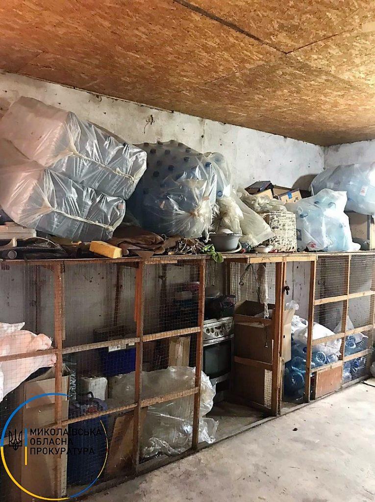 В Николаеве в гаражах нашли склады с почти 2 тоннами незаконного алкоголя (ФОТО) 9