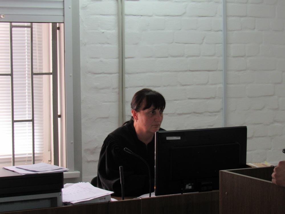В Николаеве суд рассматривает ходатайство об ужесточении меры пресечения Калашникову: он заявил, что его авто угнали вместе с ним внутри, и совершили смертельное ДТП (ФОТО) 9