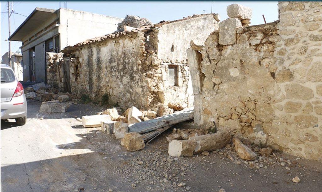 Землетрясение на Крите. Разрушены дома и храмы, есть погибший и раненые (ФОТО, ВИДЕО) 4