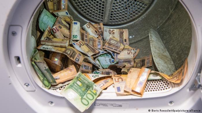 Немецкий госбанк отмывает более 50 млн. евро - после наводнения (ФОТО) 3