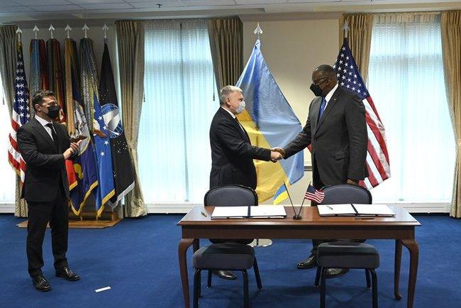 Javelin будут. Украина и США подписали соглашение об оборонном стратегическом партнерстве. О чем договорились? (ФОТО, ВИДЕО) 3