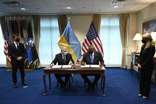Javelin будут. Украина и США подписали соглашение об оборонном стратегическом партнерстве. О чем договорились? (ФОТО, ВИДЕО) 1