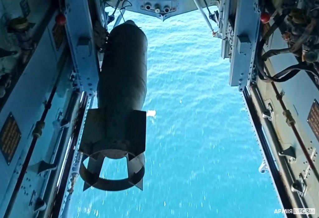 Николаевские морские авиаторы нанесли огневой удар в акватории Черного моря (ФОТО, ВИДЕО) 13