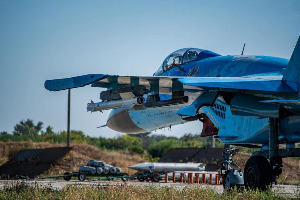 На Николаевщине авиаторы провели практические пуски авиационных управляемых ракет класса «воздух-воздух» (ФОТО) 17