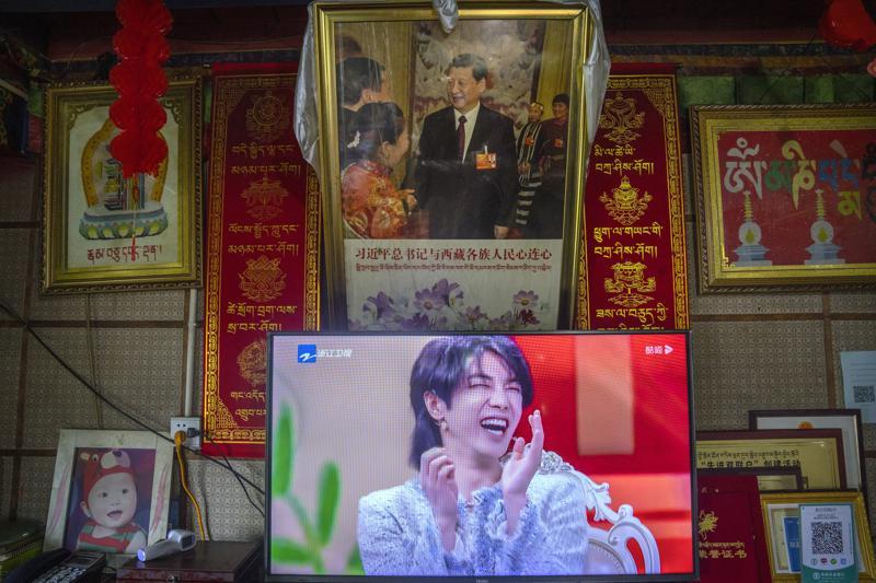 """В Китае запретили женоподобных мужчин на ТВ и другую """"ненормальную эстетику"""" (ФОТО) 1"""