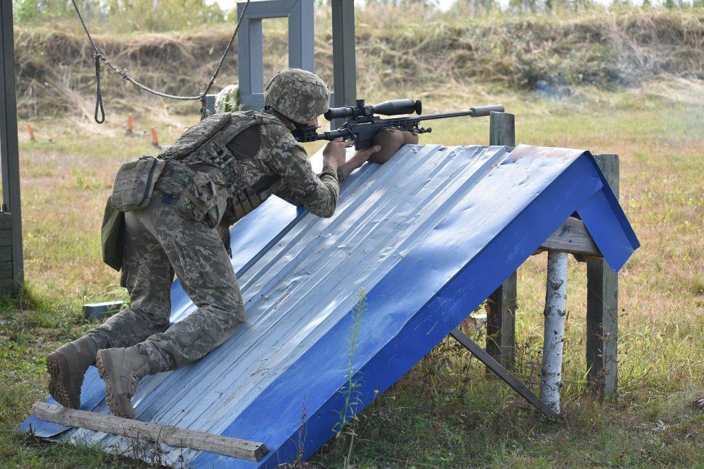 Николаевские морпехи одержали победу в конкурсе на лучшую снайперскую пару Вооруженных Сил Украины (ФОТО) 17