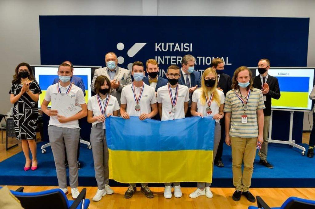 Самый умный выпускник Украины получил 100 тыс.грн. от государства и хочет создать что-то лучше, чем SpaceX 3