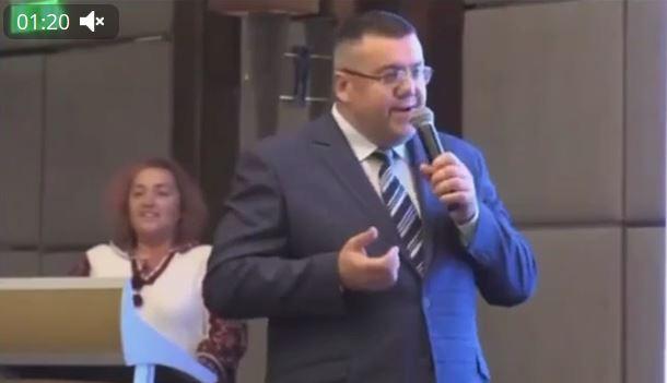 И гетьман, и икона. Кандидат в мэры Харькова стал знаменит из-за вульгарной лести Порошенко (ВИДЕО)