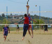 В Николаев стартовал турнир по пляжному волейболу памяти Владимира Чайки (ФОТО и ВИДЕО)