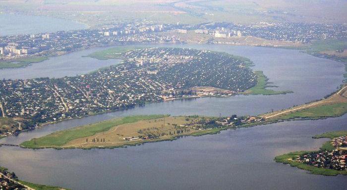 Водники Николаева просят разрешить проход маломерных судов через акваторию НСЗ