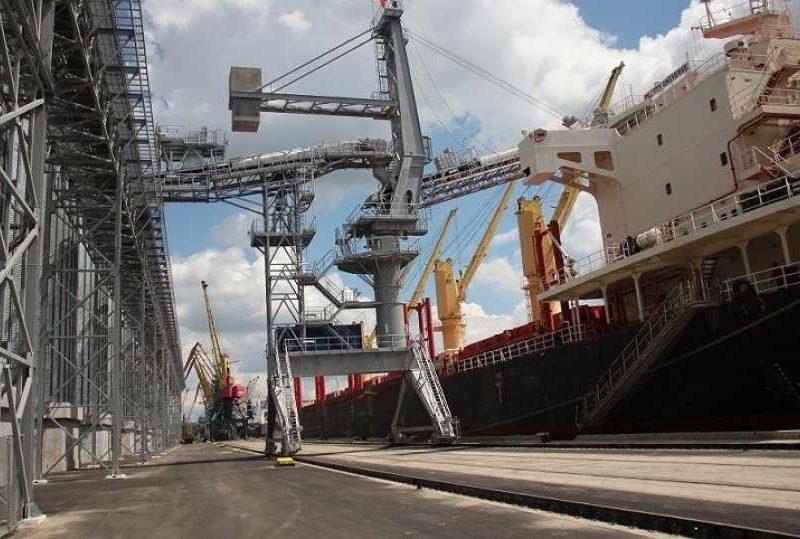 «Евровнешторг» покупает терминал нардепа Александра Гайду