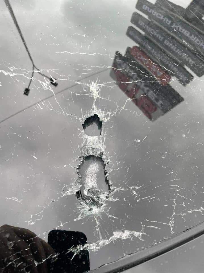 Машину Шефира, помощника Зеленского, расстреляли из автомата. Водитель в больнице, Венедиктова на месте преступления (ФОТО) 5