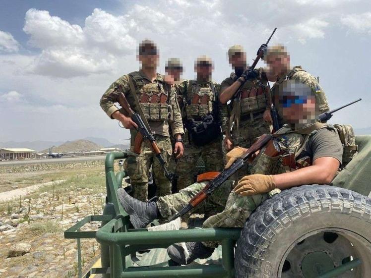 «Вокруг просто зомбиленд», — сотрудник ГУР рассказал, как украинский спецназ провел эвакуацию из Афганистана