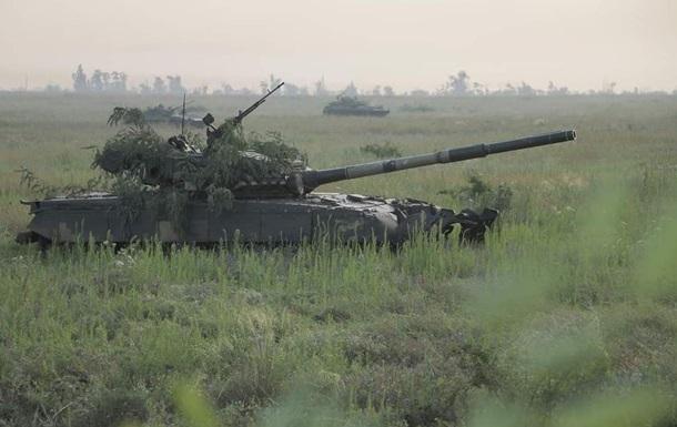 Сутки на Донбассе: 5 обстрелов позиций ВСУ и учения боевиков 1