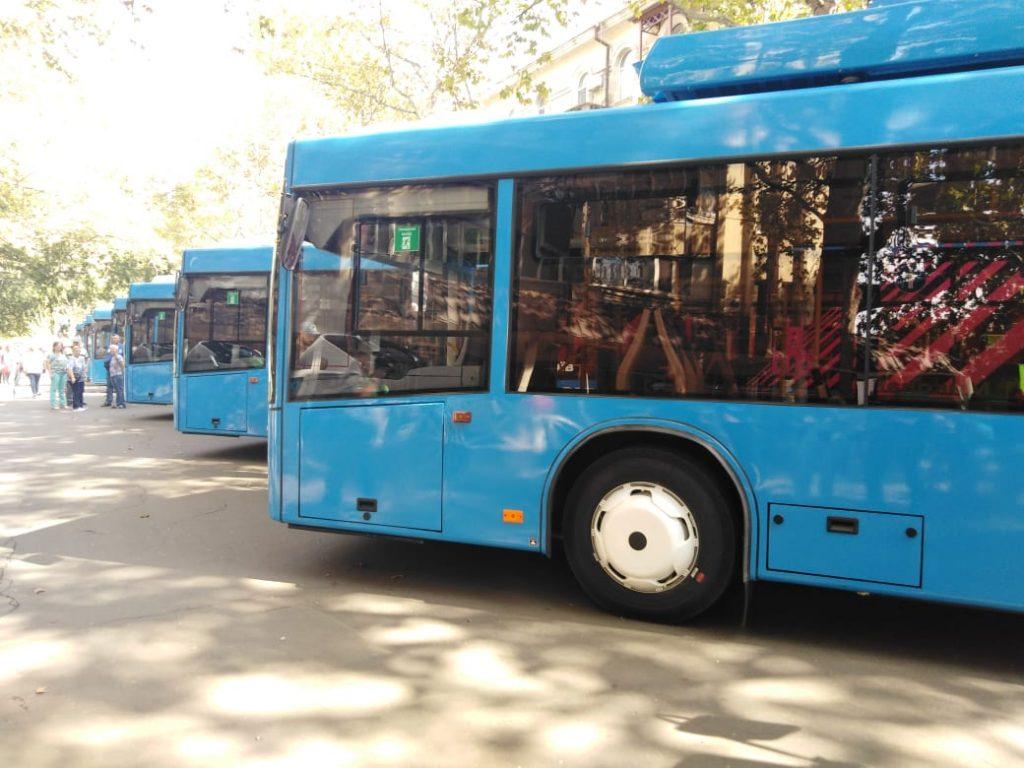 В Николаеве презентовали первых 10 троллейбусов, купленных за европейский кредит (ФОТО, ВИДЕО) 1
