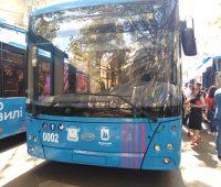 В Николаеве презентовали первых 10 троллейбусов, купленных за европейский кредит (ФОТО, ВИДЕО)