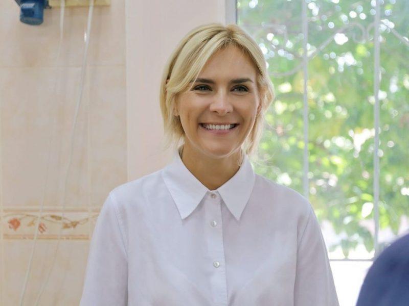 Добудова хоспісу, шкільні їдальні та системи очистки води — Ганна Замазєєва відвідала Баштанський район (ФОТО)