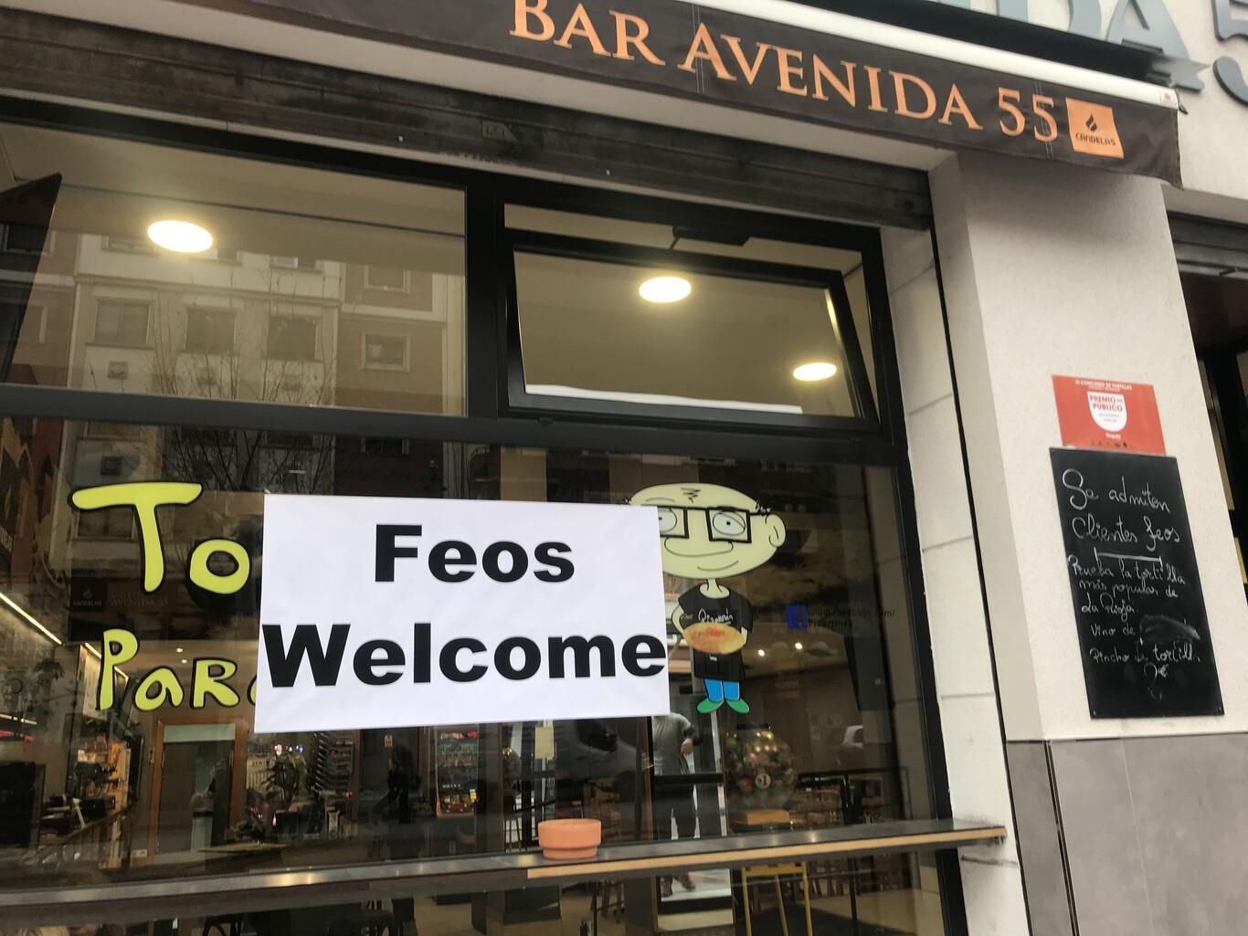 В Испании появилось кафе со скидками для некрасивых людей 4