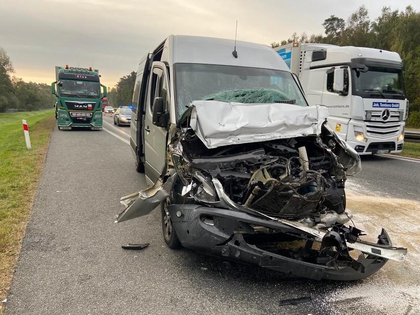 В Польше микроавтобус с украинцами попал в ДТП - пятеро пострадавших (ФОТО) 1