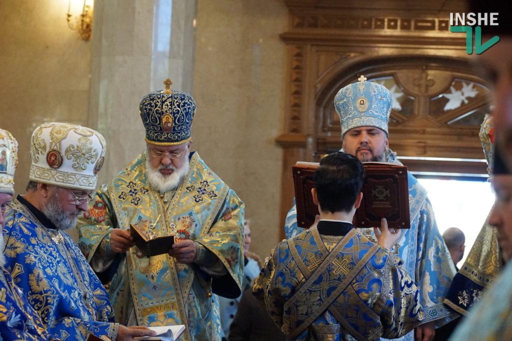 Предстоятель Украинской Православной Церкви Епифаний возглавил Божественную литургию в николаевском храме (ФОТО, ВИДЕО) 27