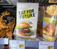 Ешь ради будущего. В Австрии уже продают котлеты из червей (ФОТО)