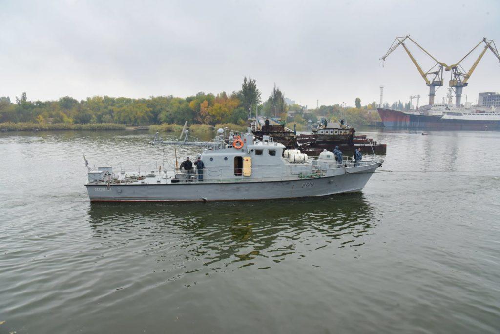 Арткатер «Скадовск» зашел на доковый ремонт на Николаевский судостроительный завод (ФОТО) 3