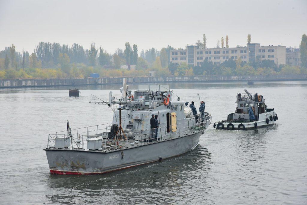 Арткатер «Скадовск» зашел на доковый ремонт на Николаевский судостроительный завод (ФОТО) 5