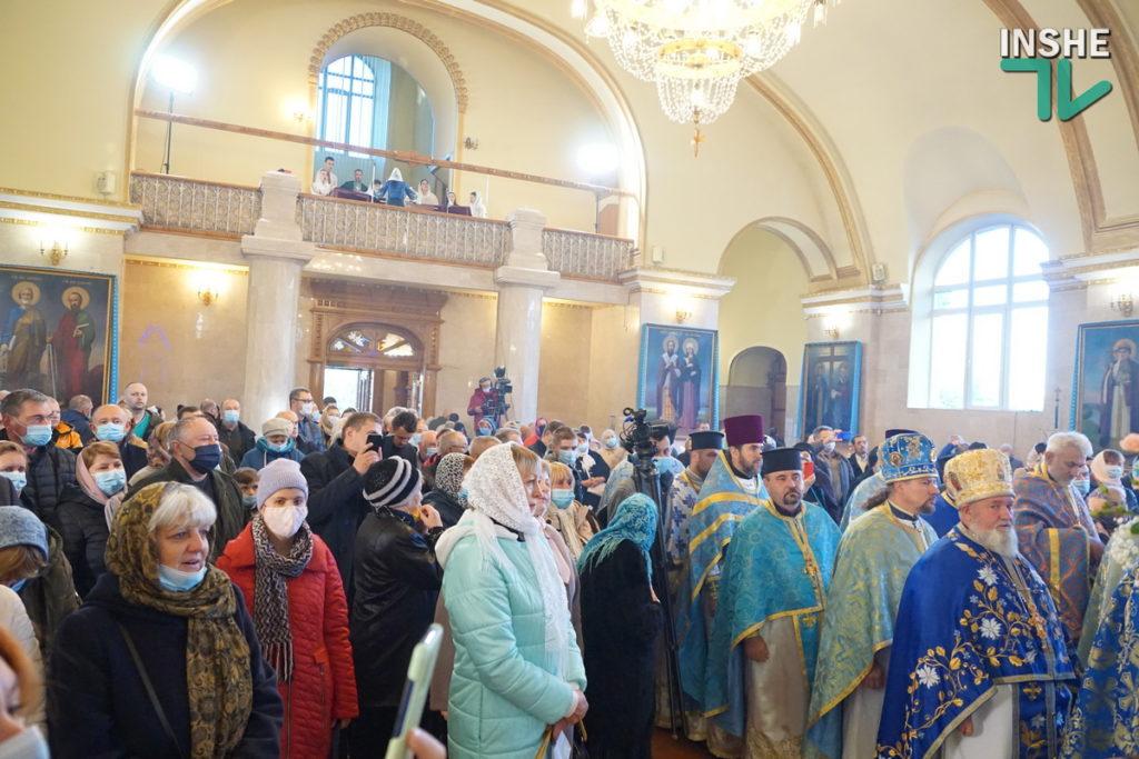 Предстоятель Украинской Православной Церкви Епифаний возглавил Божественную литургию в николаевском храме (ФОТО, ВИДЕО) 5