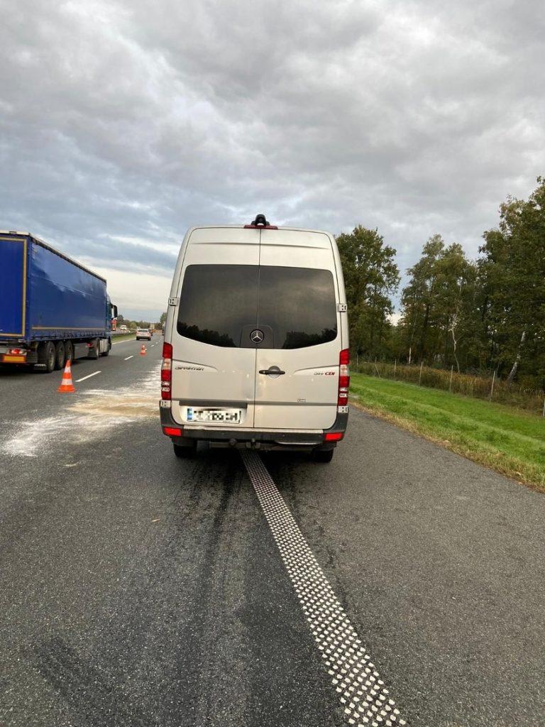 В Польше микроавтобус с украинцами попал в ДТП - пятеро пострадавших (ФОТО) 5