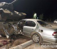 В Одессе водитель протаранил танк и погиб