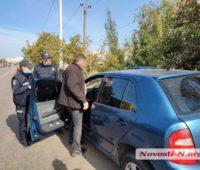В Николаеве во время конфликта с патрульными водитель «прокатил» на двери полицейского