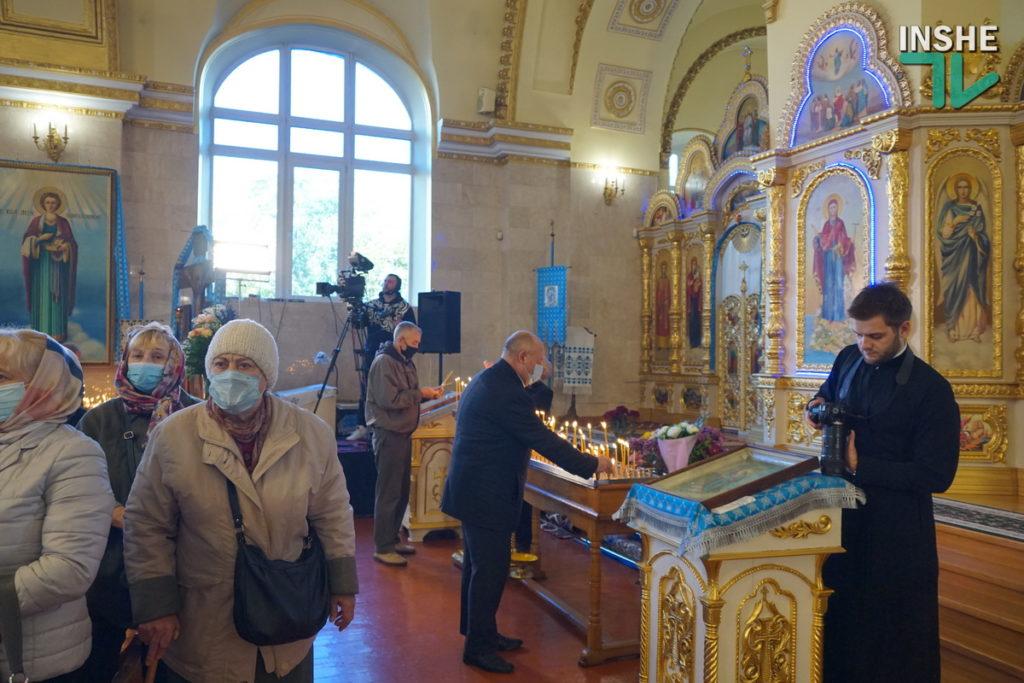 Предстоятель Украинской Православной Церкви Епифаний возглавил Божественную литургию в николаевском храме (ФОТО, ВИДЕО) 13