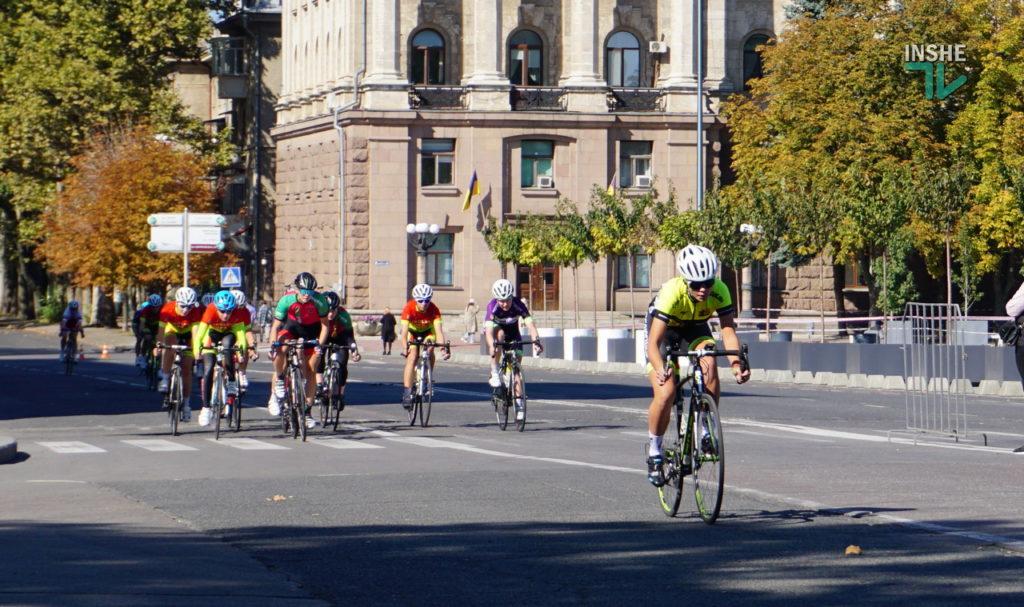 На чемпионат Украины по велоспорту в Николаев приехало более сотни спортсменов со всей страны (ФОТО и ВИДЕО) 1