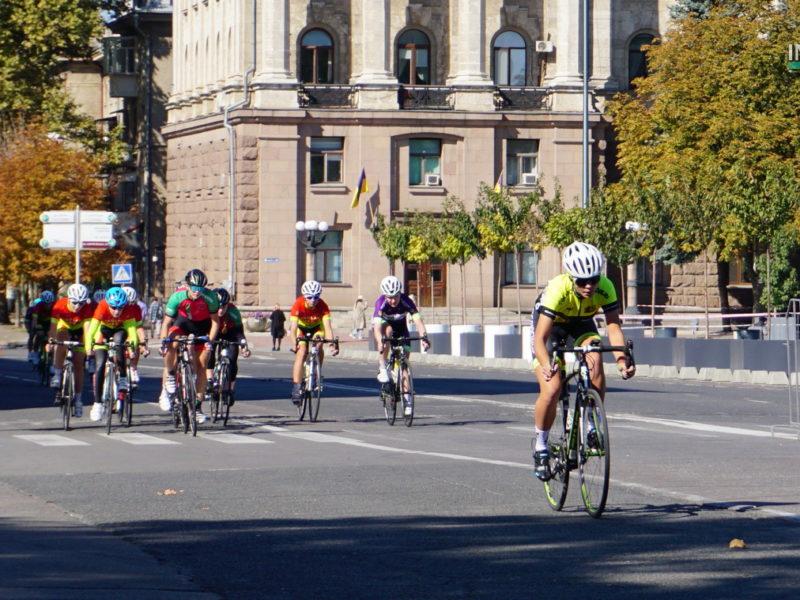 На чемпионат Украины по велоспорту в Николаев приехало более сотни спортсменов со всей страны (ФОТО и ВИДЕО)