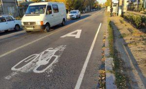 Велодорожка на Большой Морской в Николаеве готова. Жаль, первая пиктограмма - комом 5